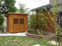 カッコよい木製物置BergベルクCガーデンハウスストックヤード (2)