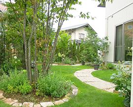 安曇野市の庭づくりをお考えの方に