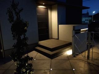 pict-LED照明でお庭を楽しむナイトガーデン実例 (1)