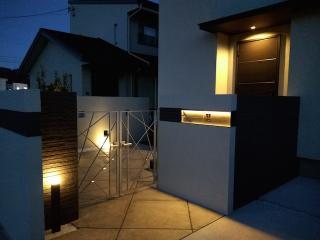 pict-LED照明でお庭を楽しむナイトガーデン実例 (4)