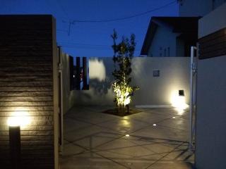 pict-LED照明でお庭を楽しむナイトガーデン実例 (9)